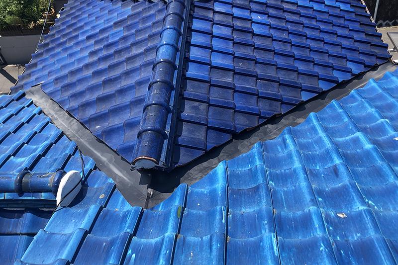 屋根の谷板金工事